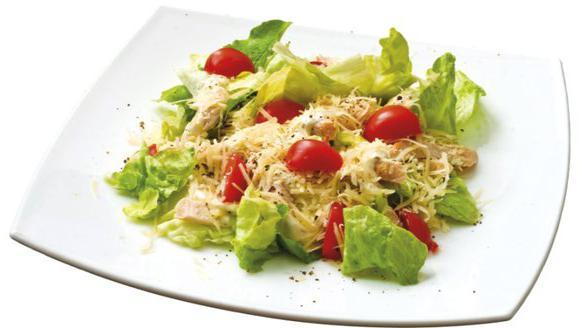 Салат цезарь с курицей классический калорийность