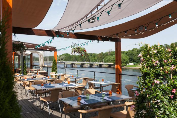 «Елагин»: ресторан на воде (Санкт-Петербург)