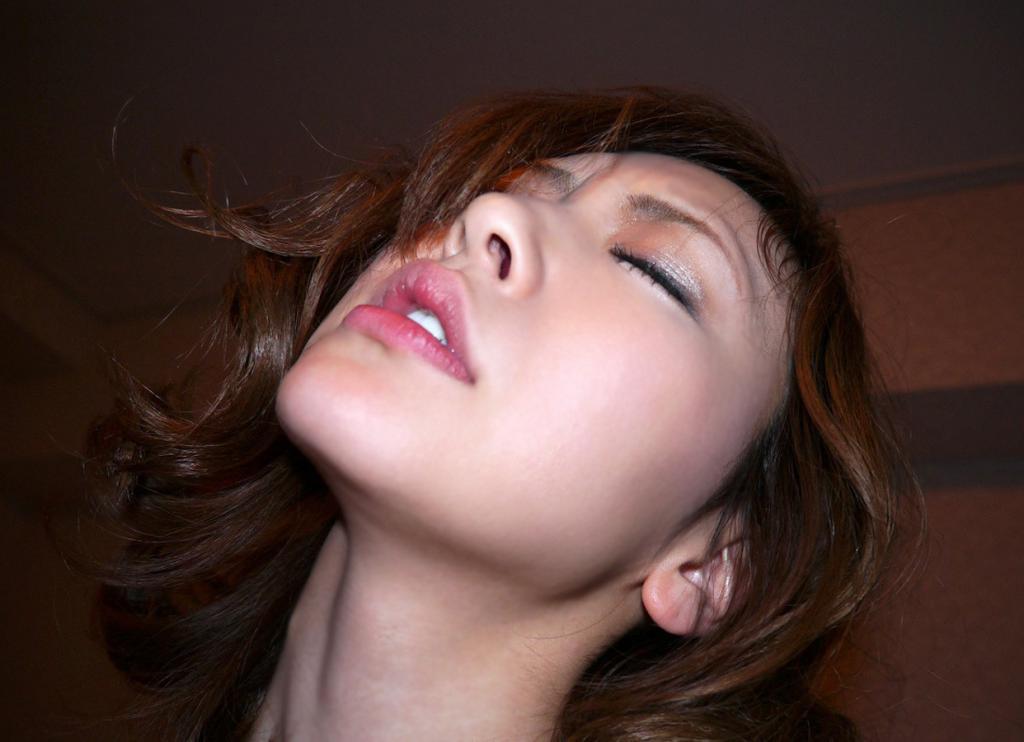 girl-gifs-her-orgasm-face-girl-san