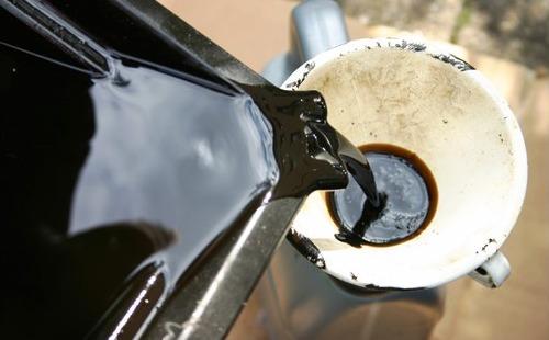 Прогоревшее моторное масло