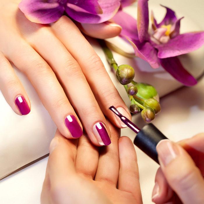 wet manicure