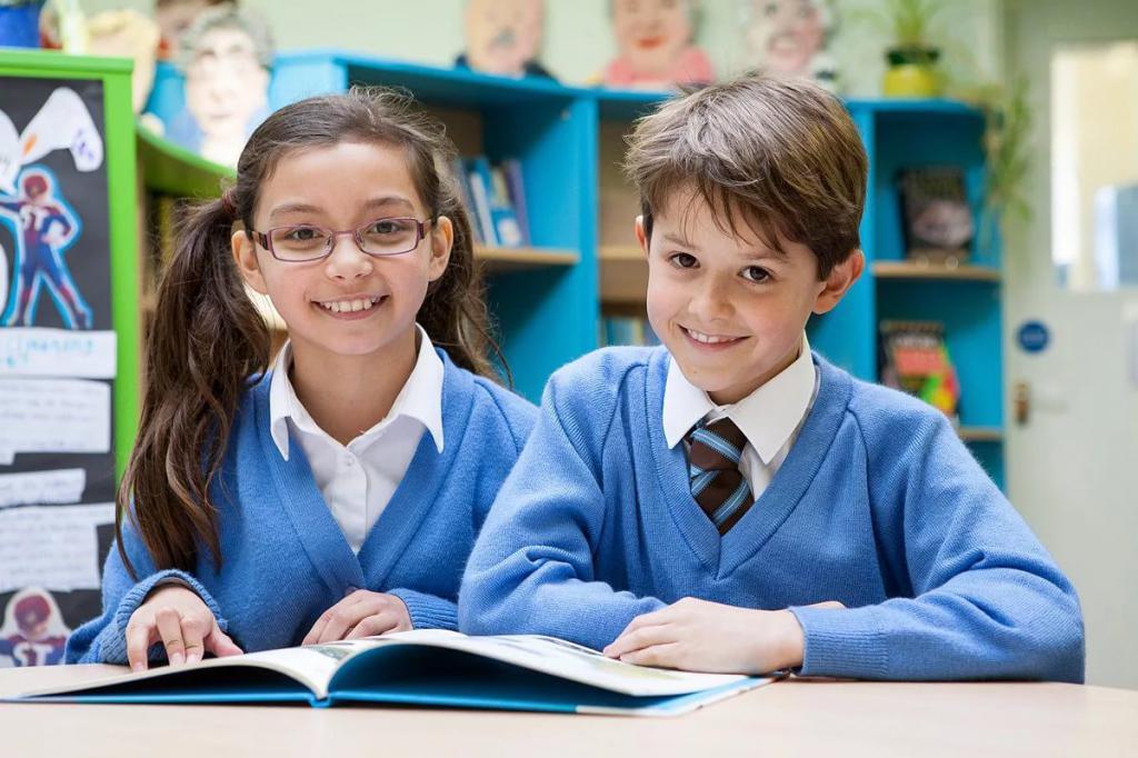 Ученики читают предложения