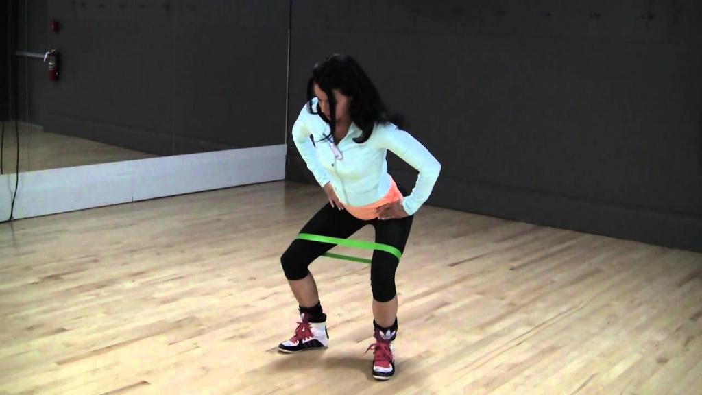Как сделать бедра округлыми: комплекс упражнений, особенности тренировок, правила и советы