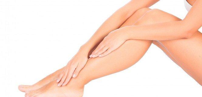 Сохнет кожа на ногах: причины и лечение. Крем для ухода за кожей ног