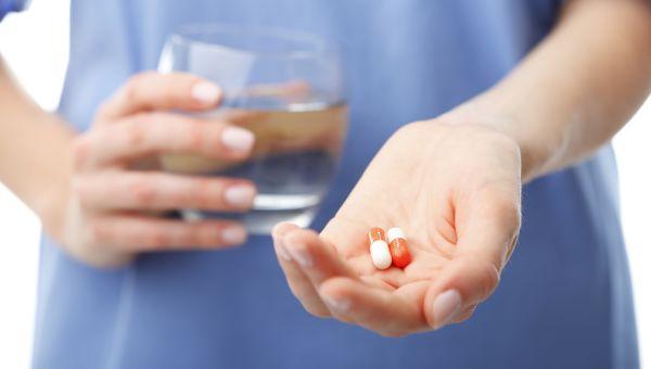 При вдохе боль в правом боку: причины и методы лечения. Что может болеть в правом боку