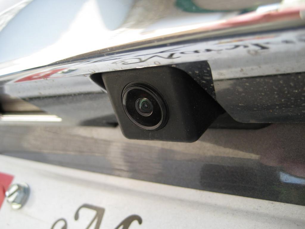 камера в бампере