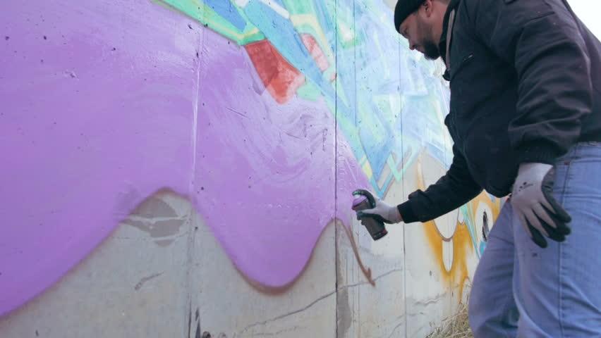 краска на стене