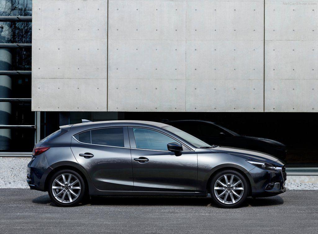 Mazda 2018, вид сбоку