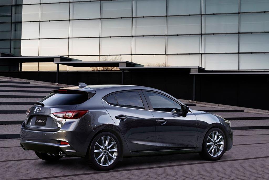 Корма Mazda 3