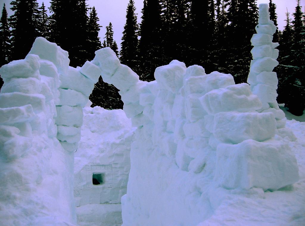 невусы стена снега картинки уже