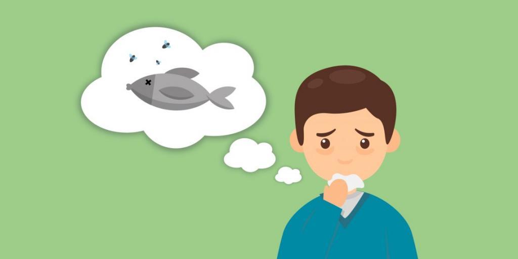Парень чувствует фантомный запах рыбы.