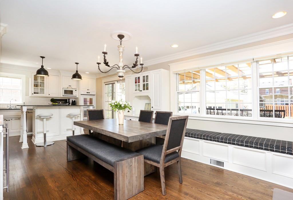 Дизайн проходной кухни в частном доме фото