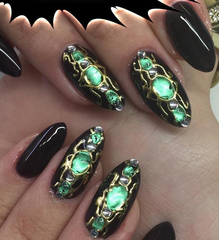 Чем наносят камни на ногтях фото