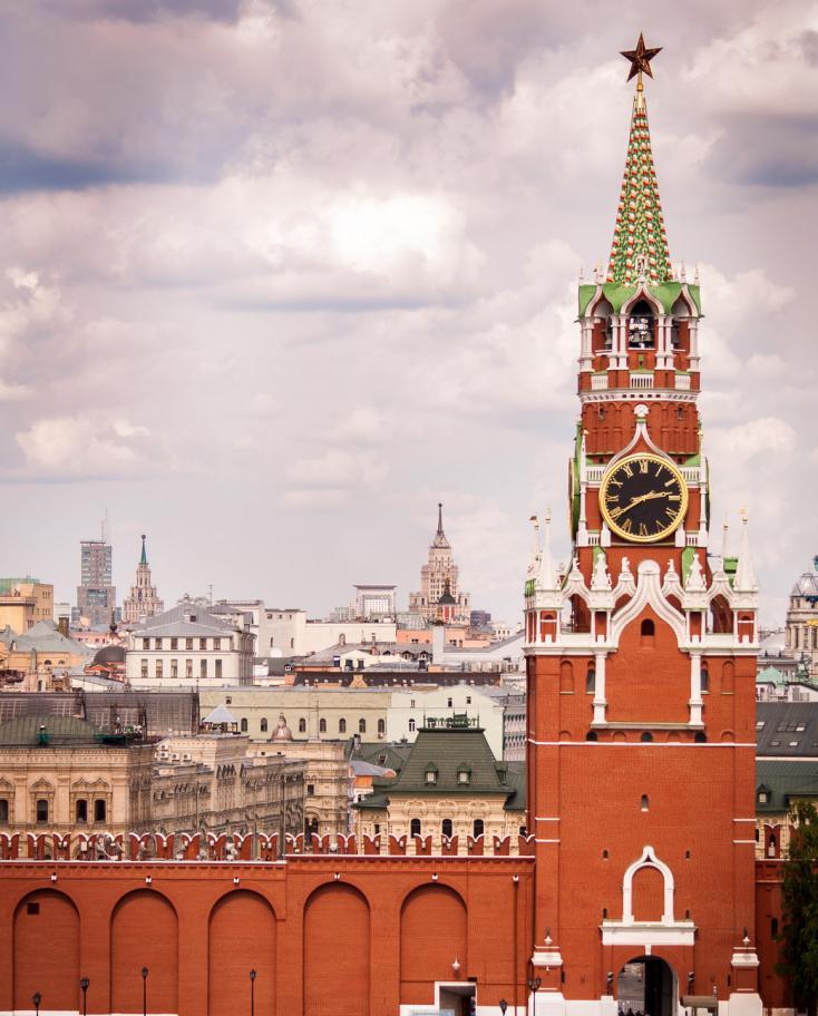 чехле кремель в картинках нищебродов кого