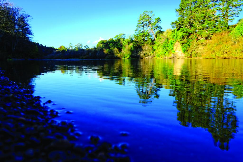 подъем воды в реке