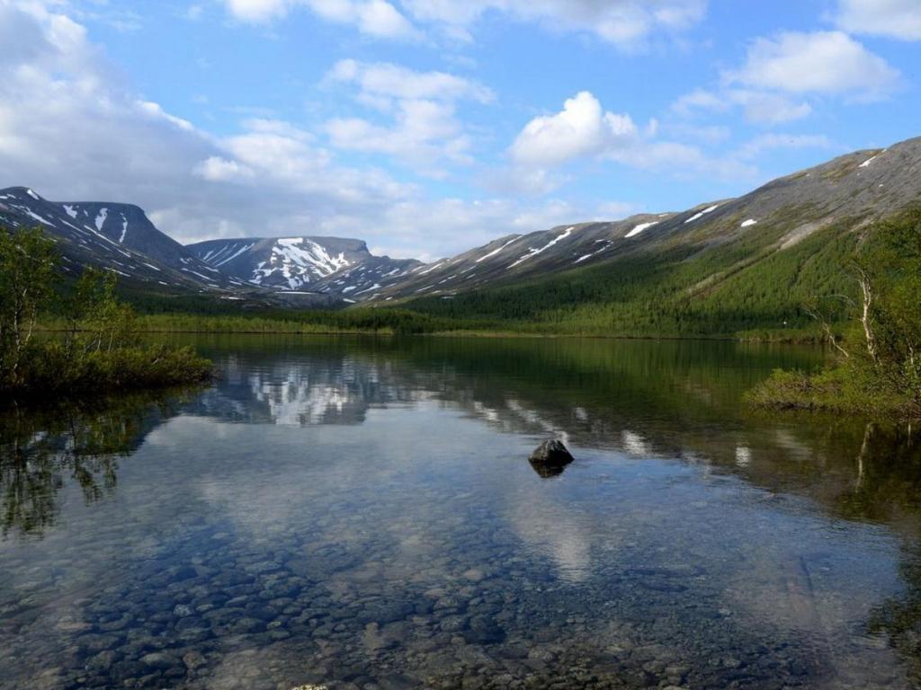 Murmansk lake