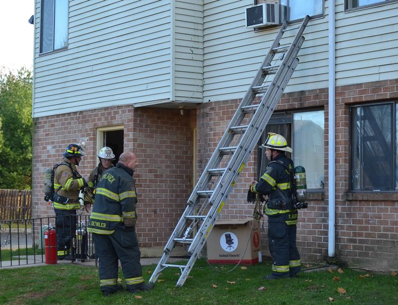 Пожарные лестницы: классификация, назначение и устройство