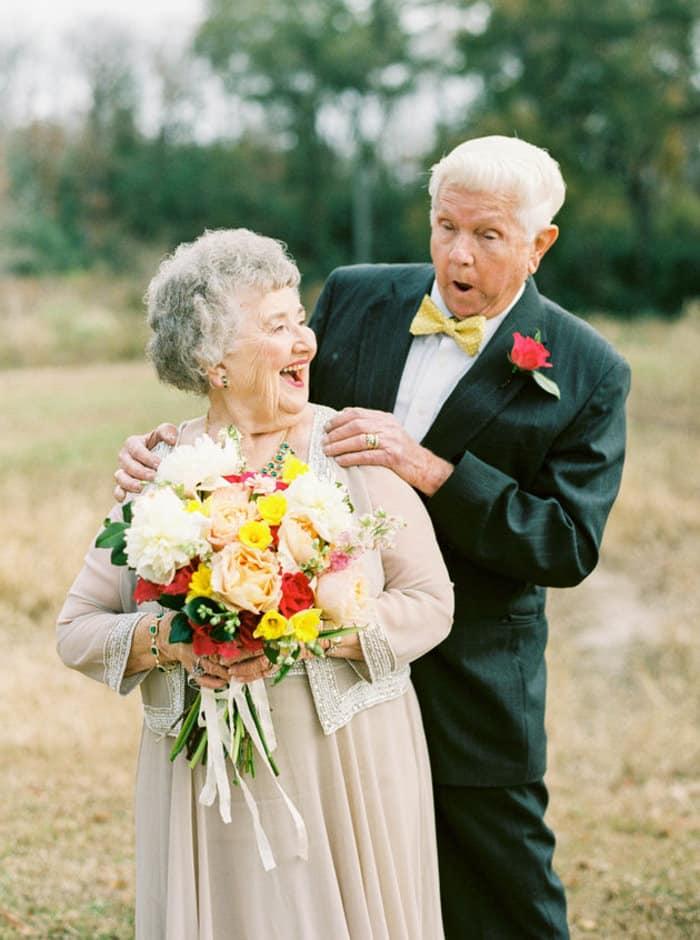 долго поздравления для пожилых людей с днем свадьбы дарю тебе