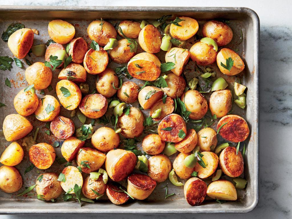 Запеченный картофель с зеленью