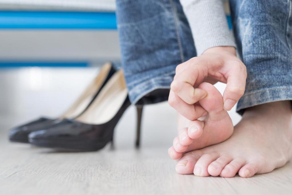 побелели ногти лечение