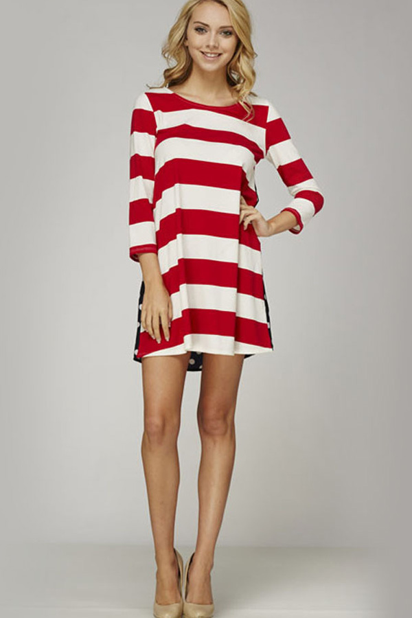 Красно-белое платье: фото и описание