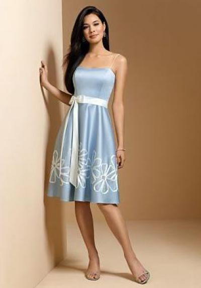 6661a12382d Какое выбрать платье на свадьбу подруги