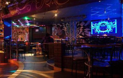 Ночные клубы браво королева танцевальная музыка лучших клубов москвы