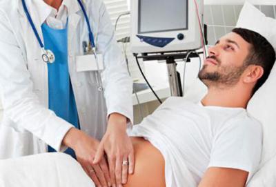 Боль спереди в левом подреберье: причины и лечение