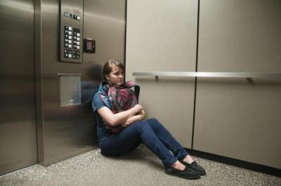 Застряла в лифту и загнули, симпатичные молодые порно