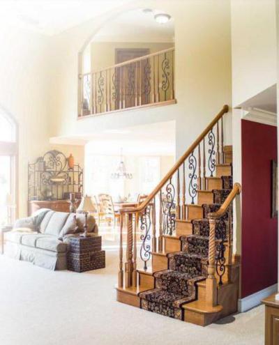 Лестница на второй этаж своими руками: винтовая, маршевая