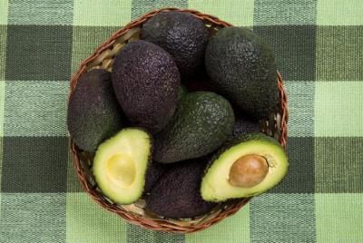Сколько нужно есть авокадо в день