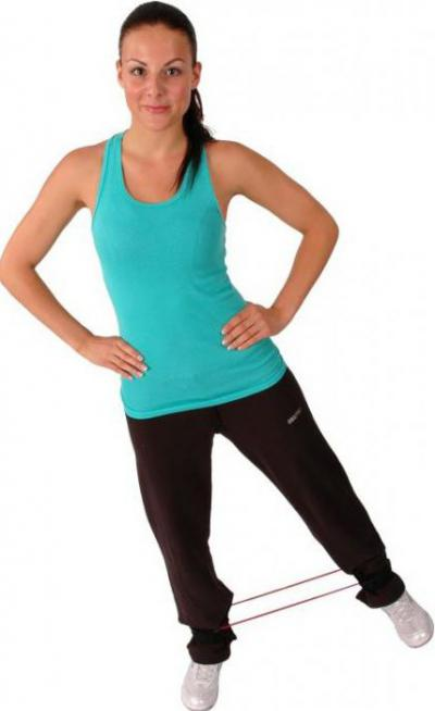 Какие упражнения можно делать с резникой для фитнеса при