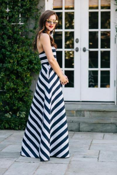 Красивая одежда для женщин  обзор стилей и материалов 752ccefa14c