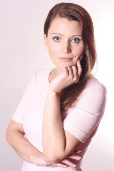 aktrisa-iz-internov-foto