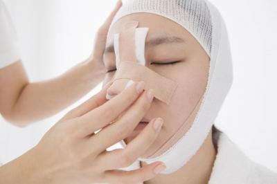 Ушиб Спинки Костей Носа Симптомы Первая Помощь Лечение
