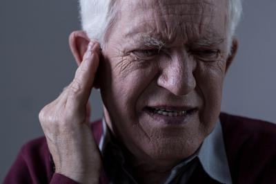 Может ли попасть вода через нос в ухо