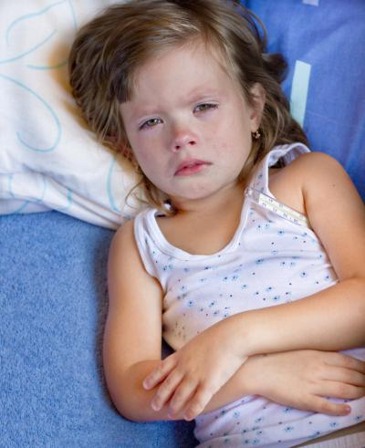 У ребенка болит бок с левой стороны