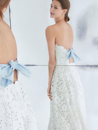 8c74da53a71 Платье от Каролины Эрреры. Модные платья с открытой спиной ...