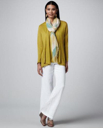 Идеи! С чем носить белые женские брюки 2019 2020 фото | 500x400