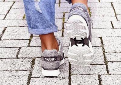 76820c5825df Высокая мода в спорте  кроссовки