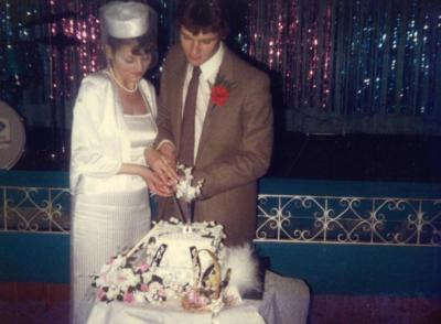 Лесбиянка вышла замуж за парня
