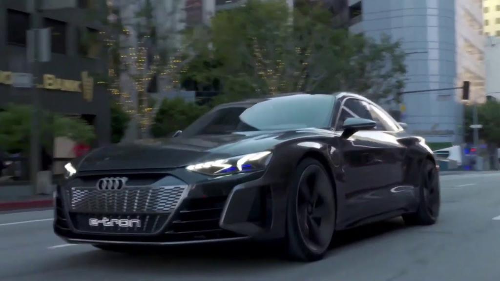 """Автомобиль из фильма """"Мстители: Финал"""" через 1,5 года станет серийным Audi e-tron GT"""