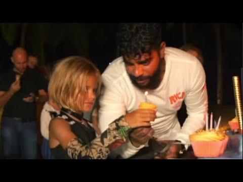 Пираты, серфинг, фейерверк: Тимати устроил 7-летней дочери Алисе роскошный день рождения на Мальдивах