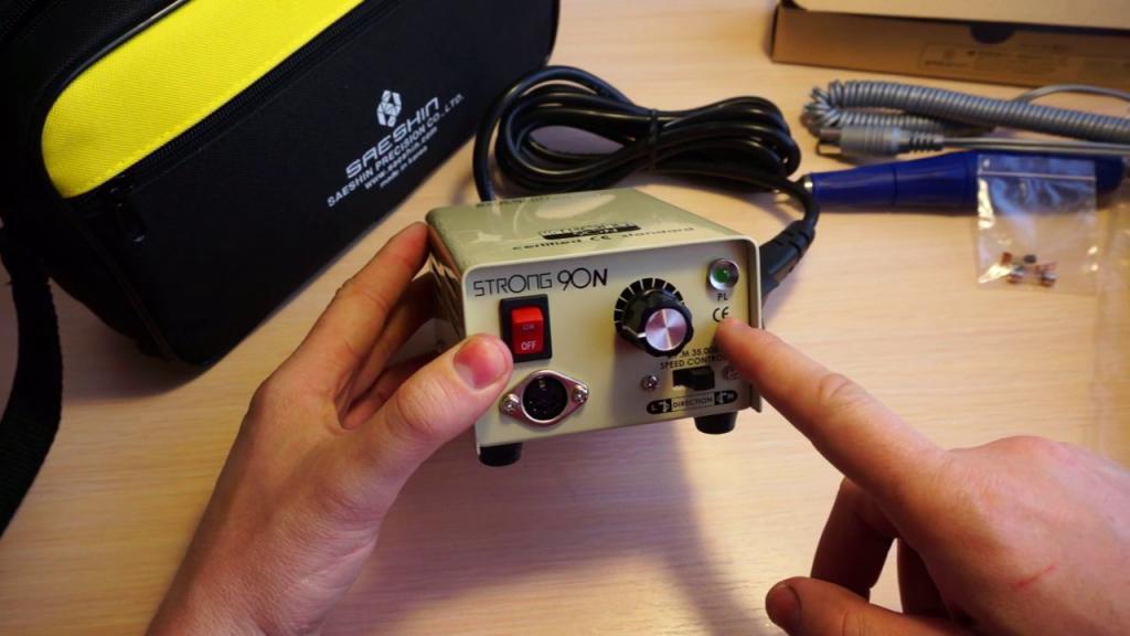 Машинка для маникюра профессиональная: техническая характеристика, классификация, инструкция по использованию, мощность, обороты насадки, установка и особенности эксплуатации